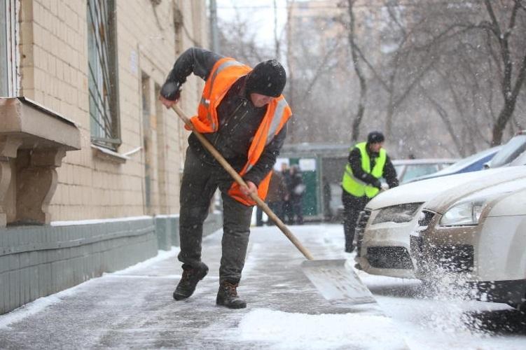 России года, кто очищает улицы от снега в краснодаре страховой