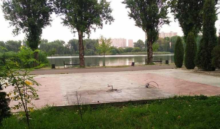 В парке «Солнечный остров» Краснодара убрали незаконно размещенную веранду